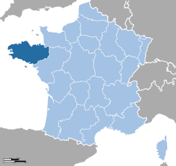 Brittany is the dark blue part of the map. (Source: Wikimedia Commons)